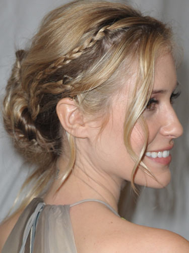 26 Cute New Ways to Wear BraidsTalking Pretty | Talking Pretty