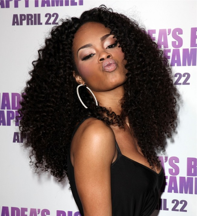 Weave Craze Why Black Women Are Choosing Curly Weaves Over