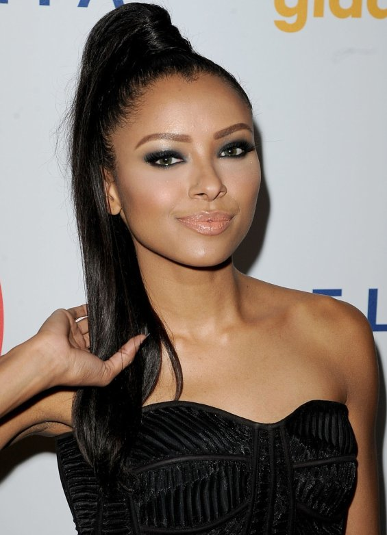 Kat Graham Vampire diares red carpet ponytail