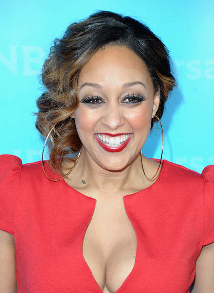 Tia Mowry red lips