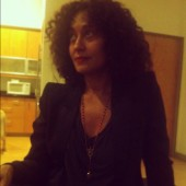Tracee Ellis Ross rocking her curls posts a pic in her new Steel Trap necklace and blazer.