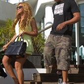 Beyonce with Birkin Bag