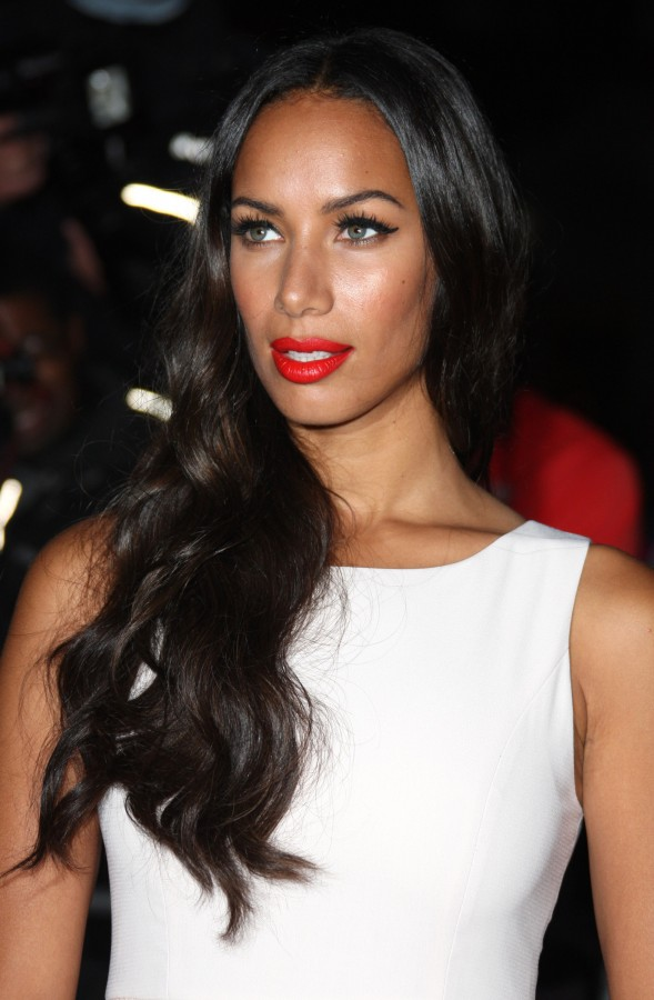 Leona Lewis red lips
