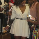 Kandi Burruss Tags II Boutique Fashion Show