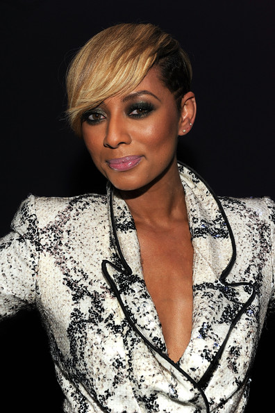 Keri Hilson short cut blonde