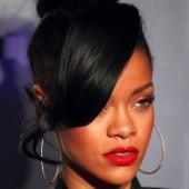 Rihanna bun