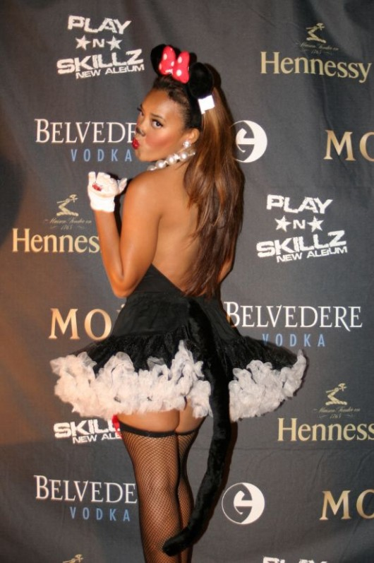 Angela Simmons dresses up as a sexy Minnie mouse!