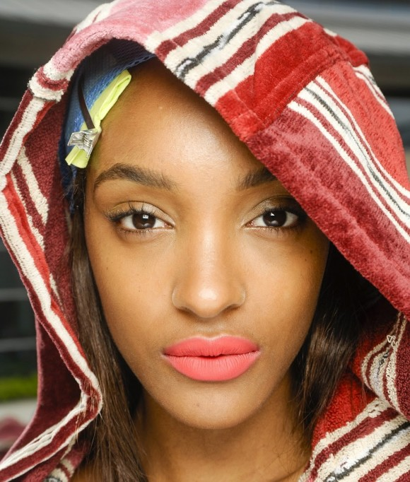 Jourdan Dunn matte lips