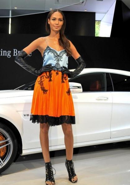joan-smalls-tokyo-fashion-week-givenchy-fall-2012
