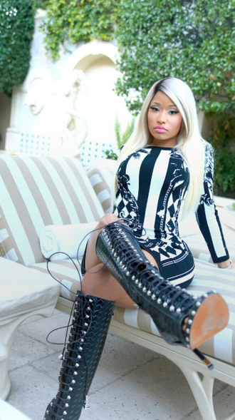 Nicki-Minaj-Balmain-Dress