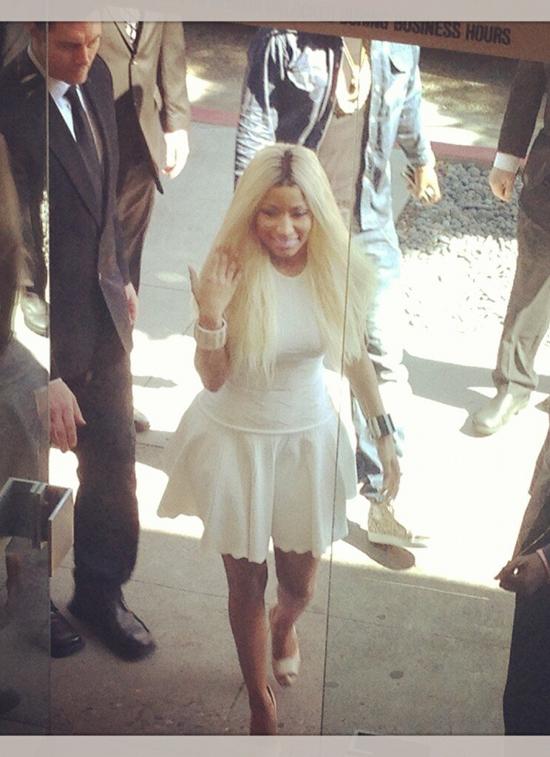 Nicki-Minajs-Beverly-Hills-Alexander-McQueen-Textured-White-Stretch-Knit-Dress