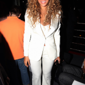 Celeb All-Star Fashion| Beyonce in Alexander McQueen