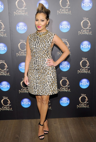 Splurge-Adrienne-Bailons-Oz-The-Great-and-Powerful-Screening-Alice-and-Olivia-Leopard-Print-Shift-Dress