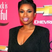 Jennifer Hudson gifts her assistant a new home