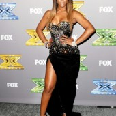 Kelly Rowland dazzles at the 'X Factor' season three finale