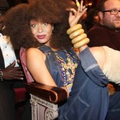 Erykah Badu is 'high' and 'faded'