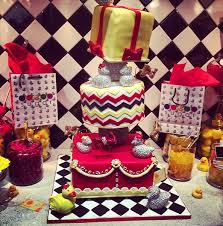 Vanessa Simmons baby shower cake
