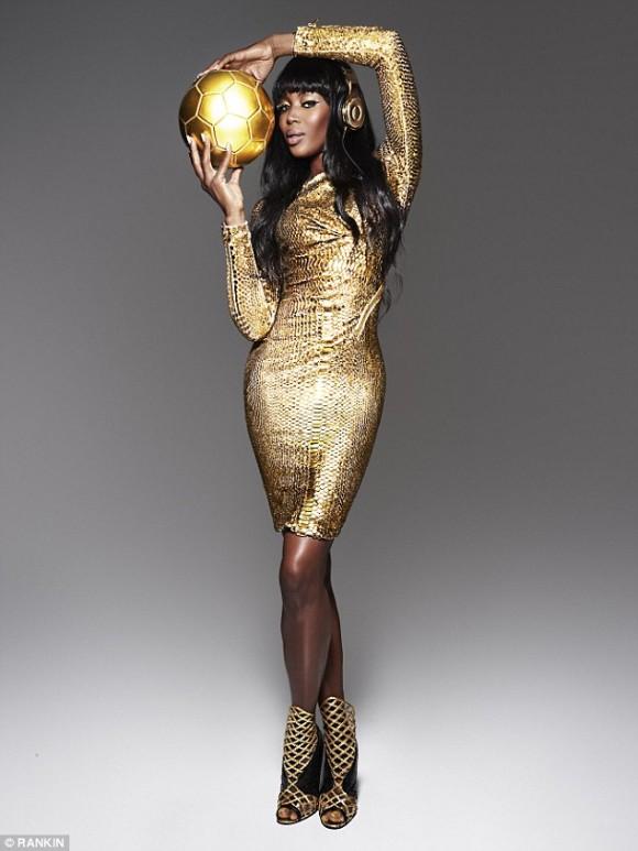 Naomi Campbell all gold everythang