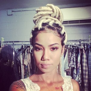 Jhené Aiko unviels platinum blonde dreadlocks