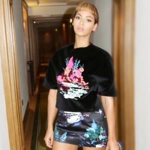 Beyoncé shares new fashion photos from over the pond