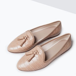 Must have spring flats under $100